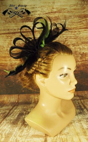 "Fascinator ""Grüne Feder"""
